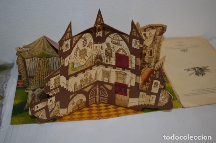 Libros de segunda mano: EL TORNEO en el castillo de COSTER / BANCROFT & CO - Cuento con dioramas / Años 60 ¡Mira, precioso! - Foto 6 - 218523498