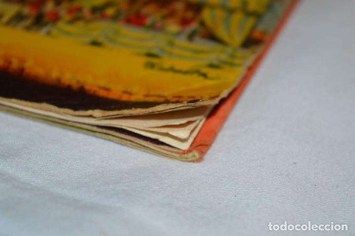 Libros de segunda mano: EL TORNEO en el castillo de COSTER / BANCROFT & CO - Cuento con dioramas / Años 60 ¡Mira, precioso! - Foto 13 - 218523498