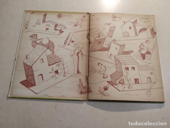 Libros de segunda mano: EL BELÉN DE LA ABUELITA - ILUSTRACIÓN SORPRESA - COMPLETO - Foto 2 - 221929465