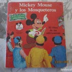 Libros de segunda mano: RECREOS WALT DISNEY MICKEY MOUSE Y LOS MOSQUETEROS ED NOVARO 1980TIRADA 15000 EJ. Lote 236791155