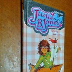 Libros de segunda mano: JUNIE B. JONES. VA DE BODA. BARBARA PARK. TAPA DURA. BUEN ESTADO. Lote 244941590