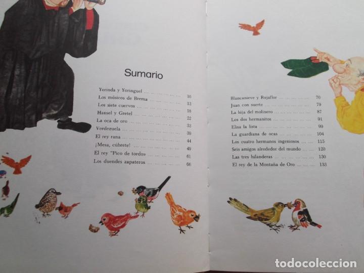Libros de segunda mano: 3 Libros de cuentos Andersen,Grim y Perrault de colección tus amigos - Foto 7 - 246162080