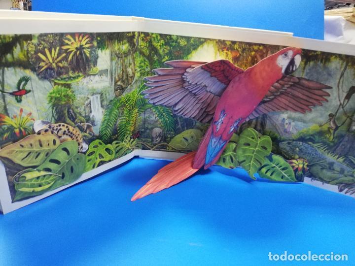 Libros de segunda mano: EL EL ZOO. TODOLIBRO. CUENTO TROQUELADO A COLOR. 1992. VER FOTOS. - Foto 7 - 248721645
