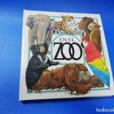 Libros de segunda mano: EL EL ZOO. TODOLIBRO. CUENTO TROQUELADO A COLOR. 1992. VER FOTOS.. Lote 248721645