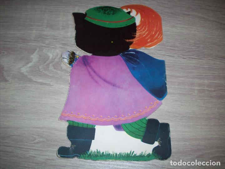 Libros de segunda mano: cuento troquelado editorial durben el gato con botas 1963 ilustracion concha matamoros - Foto 3 - 261808255