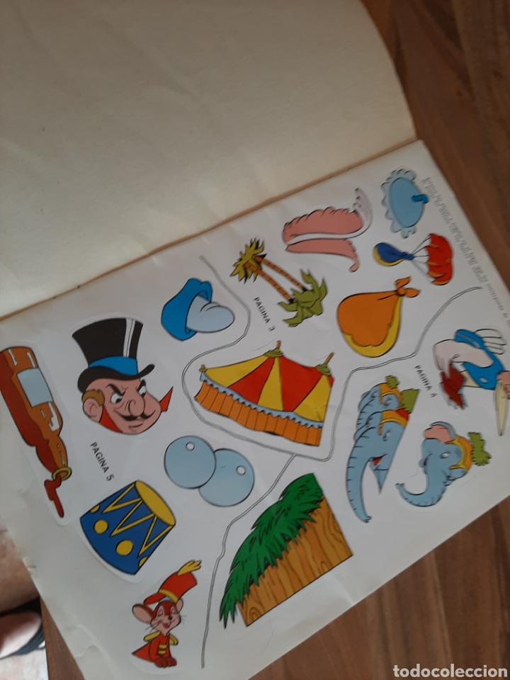 Libros de segunda mano: 1973 Dumbo arranca , pega y colorea - Foto 3 - 276681673