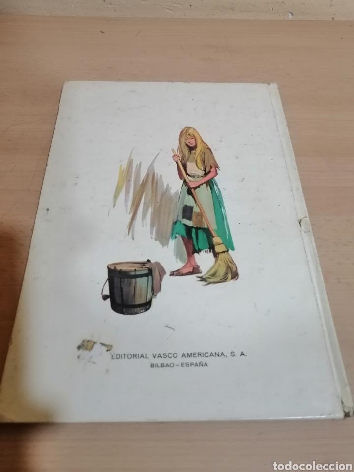 Libros de segunda mano: LA CENICIENTA LA ARDILLITA MENTIROSA - Foto 4 - 288679198