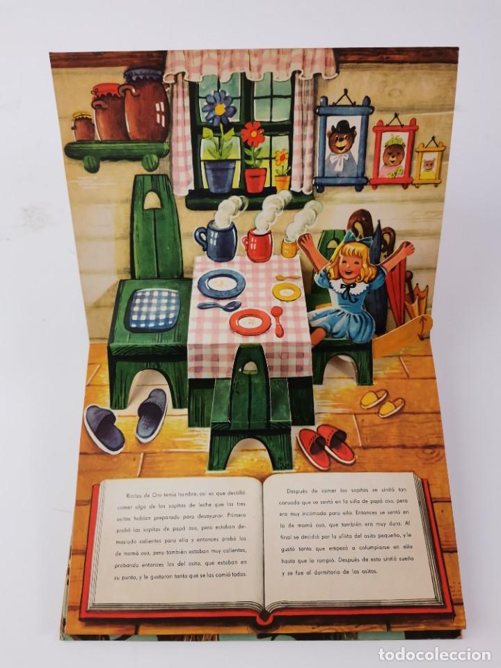 Libros de segunda mano: L-959. CUENTO TROQUELADO CON DIORAMAS RICITOS DE ORO Y LOS TRES OSITOS. BANCROFT & CO. - Foto 3 - 289311453