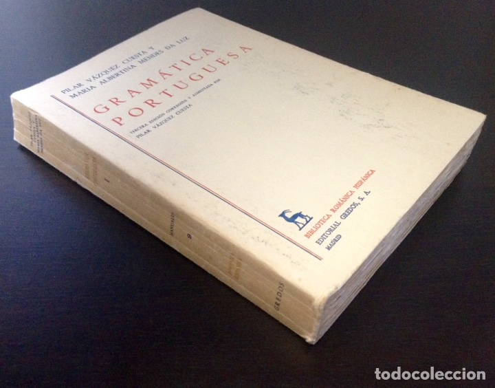 Libros de segunda mano: Gramática portuguesa, Biblioteca Románica Hispánica, 9, Madrid, 3ª edición corregida Gredos, 1971. - Foto 3 - 147791657