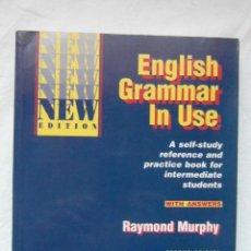 Libros de segunda mano: ENGLISH GRAMMAR IN USE RAYMOND MURPHY SECOND EDITION. CAMBRIDGE. DEBIBL. Lote 191757810