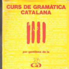 Libros de segunda mano: CURS DE GRAMÀTICA CATALANA. CAIXA D'ESTALVIS DE TARRAGONA. CARPETA (36 FICHAS/LECCIONES).. Lote 168902112