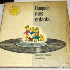 Libros de segunda mano: BONJOUR, MES ENFANTS! EDITORIAL VERGARA, BARCELONA.. Lote 179150415
