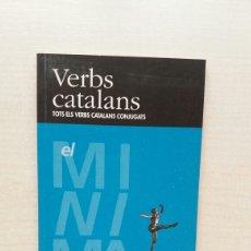 Libros de segunda mano: VERBS CATALANS. EDICIONS CASTELLNOU I EL PERIÓDICO, 1998. CATALÁN.. Lote 207285690