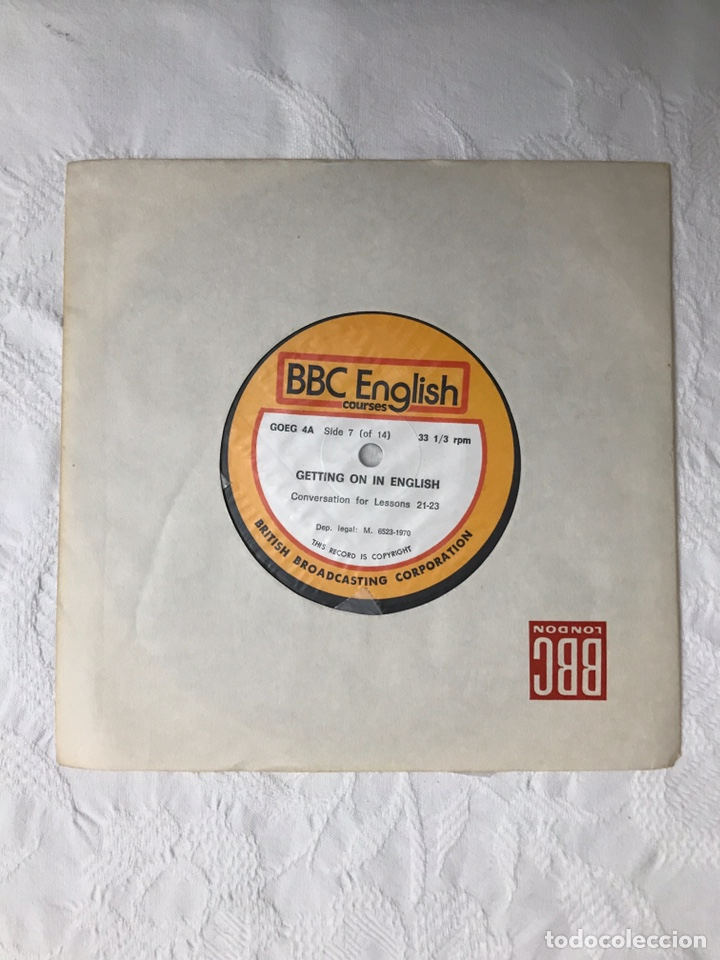 Libros de segunda mano: THE BBC ENGLISH COURSE. GETTING ON IN ENGLISH. CALLING THE BEGINNERS. DISCOS. CURSO DE INGLÉS - Foto 26 - 211511616