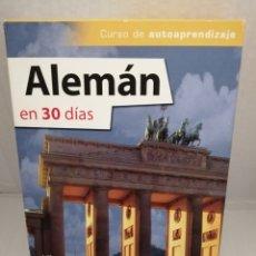 Libros de segunda mano: ALEMÁN EN 30 DÍAS (LIBRO ILUSTRADO + CD AUDIO + DICCIONARIO BILINGÜE). Lote 213456738
