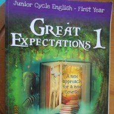 Libros de segunda mano: GREAT EXPECTATIONS I - JUNIO CYCLE ENGLISH - FIRST YEAR -. Lote 218200886