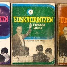Libros de segunda mano: EUSKALDUNTZEN EUSKARA BATUA. IRAKASLE TALDE BATEK. 1 - 2 - 3. EDITORIAL CINSA 1972.. Lote 224387186