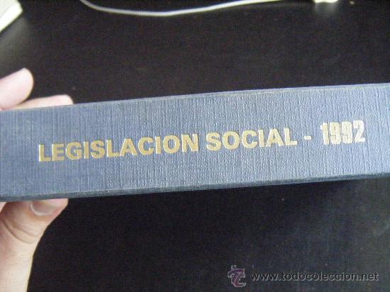 Libros de segunda mano: LEGISLACIÓN SOCIAL, TEXTOS LEGALES VIGENTES, CENTROS DE TRABAJO, 1992, EDICION SALVATIERRA, 557 PÁGI - Foto 8 - 191800472