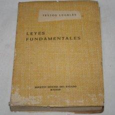 Libros de segunda mano: LEYES FUNDAMENTALES, TEXTOS LEGALES, BOLETIN OFICIAL DEL ESTADO MADRID 1960, LIBRO BOE. Lote 50525783