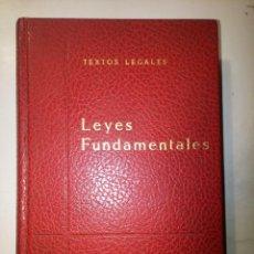 Libros de segunda mano: LEYES FUNDAMENTALES IMPRESO POR BOE ABRIL 1969 (6ª EDICIÓN). Lote 81515100