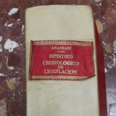 Libros de segunda mano: REPERTORIO CRONOLÓGICO DE LEGISLACIÓN ARANZADI 1962. Lote 105624799