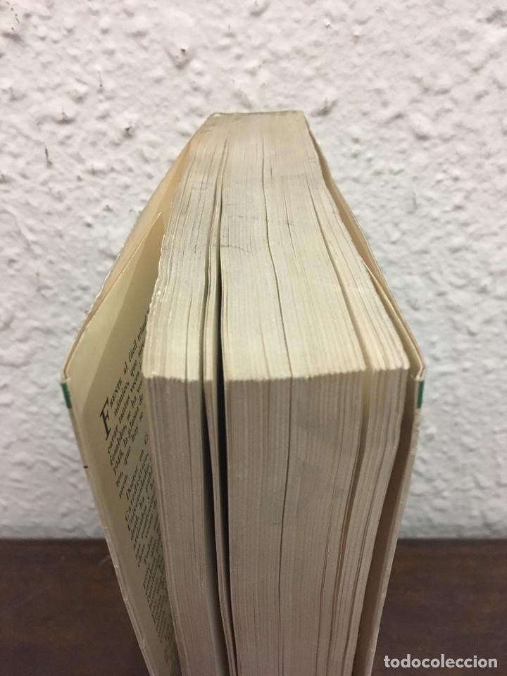 Libros de segunda mano: Sobre la decadencia económica de España por Juan Velarde Fuertes - Foto 5 - 150986414