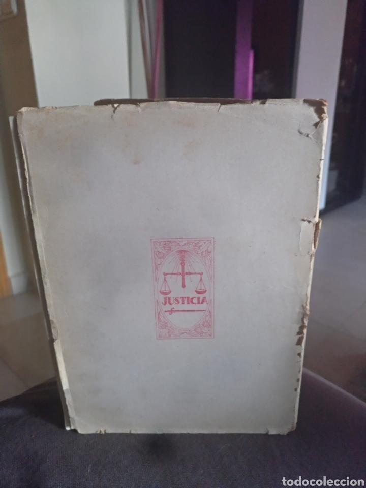 Libros de segunda mano: Codigo penal edicion oficial ministerio justicia 1944 - Foto 3 - 158450312