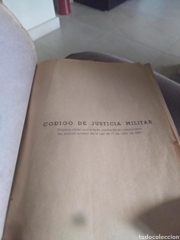 Libros de segunda mano: Codigo de justicia militar edicion oficial madrid 1945 - Foto 4 - 158451158