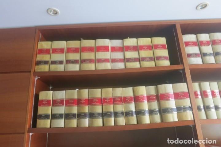 Libros de segunda mano: Repertorio Cronológico de legislación 200 tomos 1950 a 1991 Aranzadi - Foto 16 - 176912039