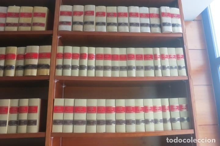 Libros de segunda mano: Repertorio Cronológico de legislación 200 tomos 1950 a 1991 Aranzadi - Foto 17 - 176912039