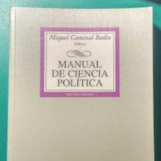 Libros de segunda mano: MANUAL DE CIENCIA POLÍTICA. 1999.. Lote 179557543