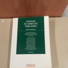 Libros de segunda mano: MANUAL DE DERECHO TRIBUTARIO. Lote 183733347