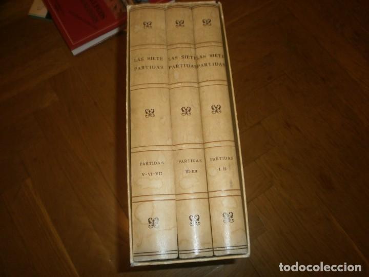 LAS SIETE PARTIDAS DEL SABIO REY DON ALONSO EL NONO FACSIMIL 1555 3 VOLS ESTUCHE 1974 BOE (Libros de Segunda Mano - Ciencias, Manuales y Oficios - Derecho, Economía y Comercio)