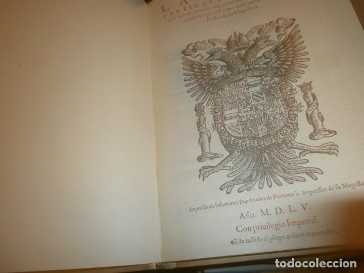 Libros de segunda mano: Las Siete Partidas del Sabio Rey don Alonso el Nono facsimil 1555 3 vols estuche 1974 BOE - Foto 6 - 194198667