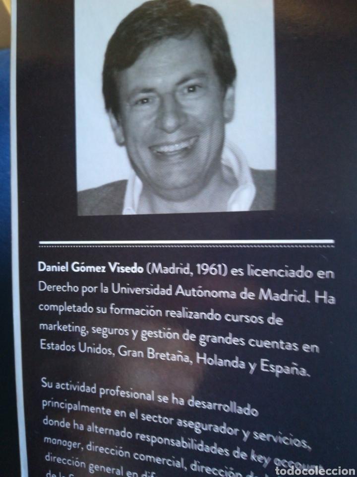 Libros de segunda mano: Buscando señales de vida inteligente en el comité de dirección Daniel Gómez Visedo DEDICADO - Foto 3 - 194863336