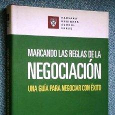 Libros de segunda mano: MARCANDO LAS REGLAS DE LA NEGOCIACIÓN / HARVARD BUSINESS SCHOOL PRESS / DEUSTO, BARCELONA 2007. Lote 215681335