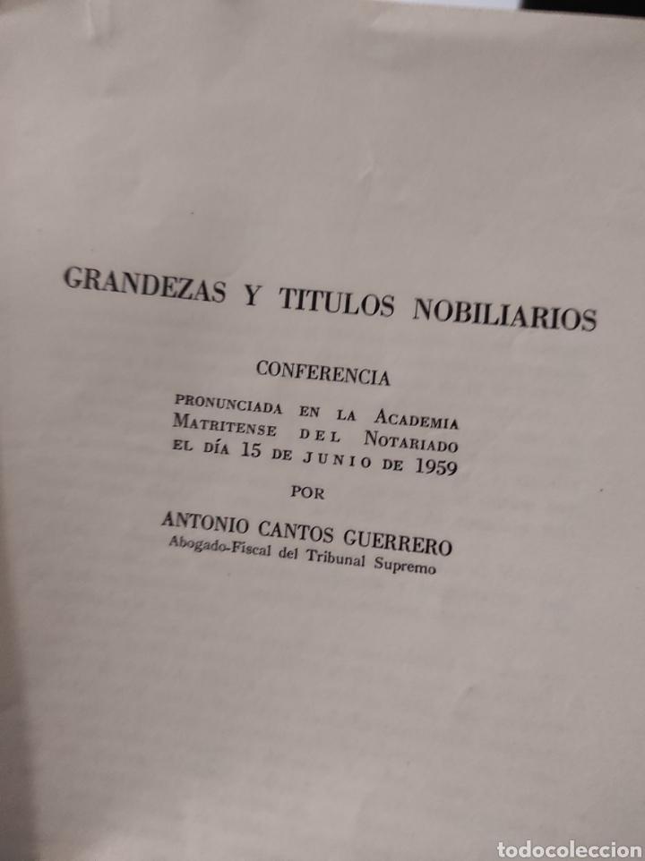 Libros de segunda mano: grandezas y titulos nobiliarios, por Antonio Cantos Guerrero. 1959 - Foto 3 - 232768992