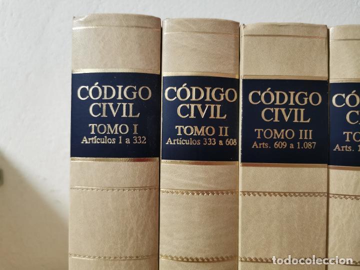 Libros de segunda mano: Código civil : doctrina y jurisprudencia Albácar López, José Luis, Mariano Martin Granizo 1991 - Foto 3 - 233982580