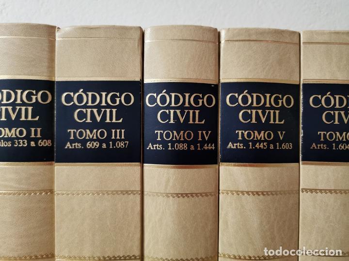 Libros de segunda mano: Código civil : doctrina y jurisprudencia Albácar López, José Luis, Mariano Martin Granizo 1991 - Foto 4 - 233982580