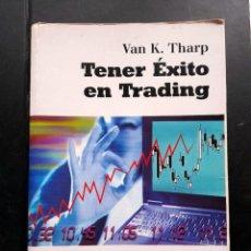 Libros de segunda mano: TENER EXITO EN TRADING BOLSA INVERSION. Lote 271680918