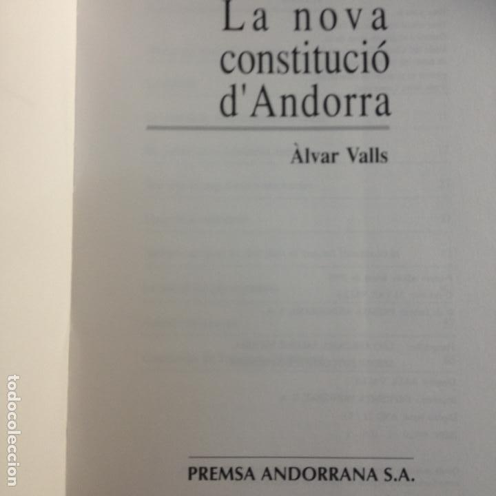 Libros de segunda mano: LA NOVA CONSTITUCIÓ DANDORRA - ÀLVAR VALLS - PREMSA ANDORRANA S.A. - 1ª EDIC. 1993 - Foto 2 - 287683853