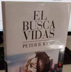 Libros de segunda mano: EL BUSCA VIDAS - KYNE, PETER B.. Lote 287865233
