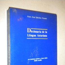 Diccionarios de segunda mano: DICCIONARIU DE LA LLINGUA ASTURIANA. / XUAN XOSE SÁNCHEZ VICENTE, 1988 / DEDICADO POR EL AUTOR. Lote 22410311