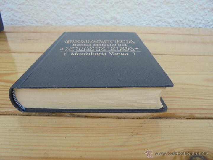 Diccionarios de segunda mano: GRAMATICA BASICA DIALECTAL DEL EUSKERA-MORFOLOGIA VASCA. AZKUE ALTUBE. DICCIONARIO VASCO. ARBELAITZ. - Foto 7 - 51019096