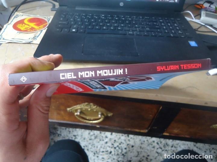 Diccionarios de segunda mano: Ciel mon moujik! manual de survie Franco - Ruso de Sylvain Tesson año 2011 - Foto 2 - 176282007
