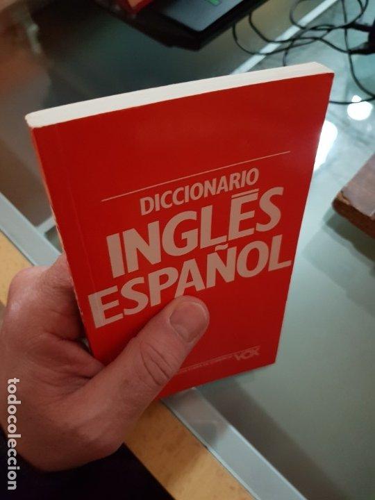 Diccionarios de segunda mano: DICCIONARIO DE BOLSILLO VOX - Foto 2 - 183076692