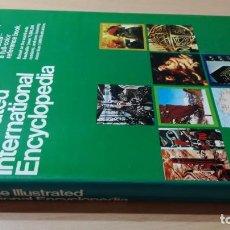 Diccionarios de segunda mano: LAROUSSE ILUSTRATED INTERNATIONAL ENCYCLOPEDIA/ H405. Lote 189156658