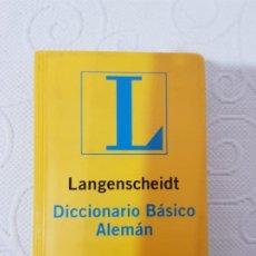 Diccionarios de segunda mano: DICCIONARIO BÁSICO ALEMÁN LANGENSCHEIDT, 45000 VOCES Y LOCUCIONES, 576 PÁGINAS, 10 X 15 CMS. Lote 192283801