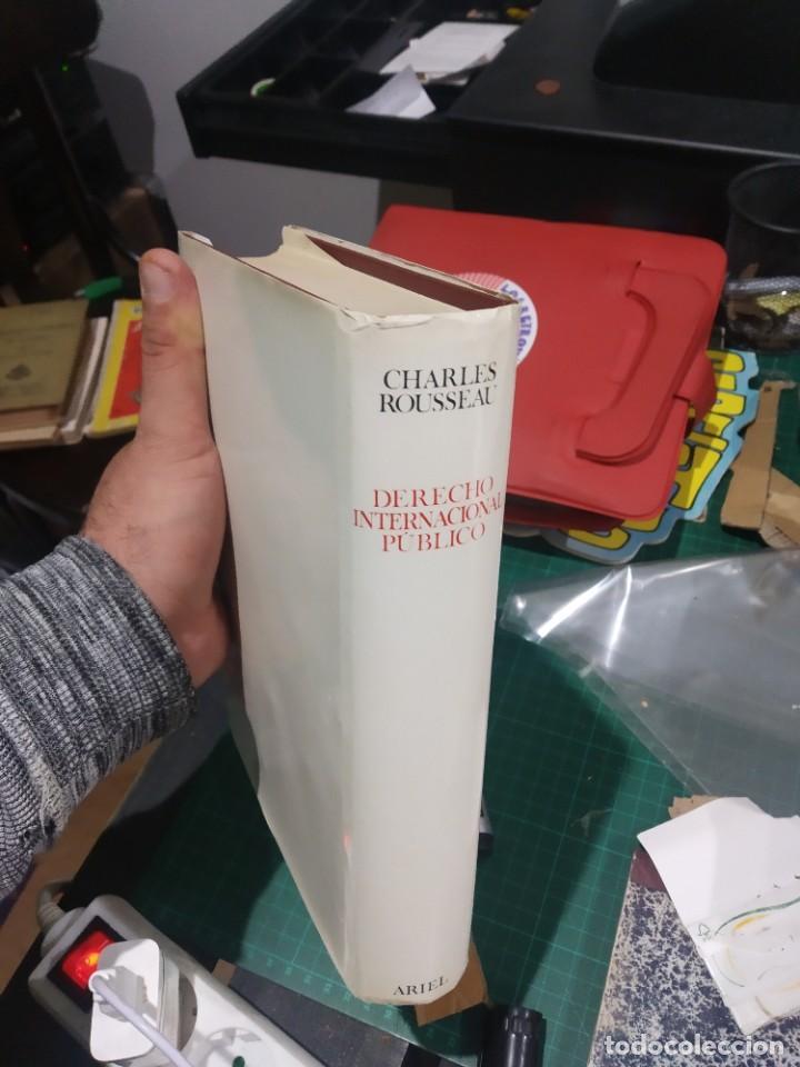Diccionarios de segunda mano: ChaRLES ROUSSEAU DERECHO INTERNACIONAL PUBLICO ARIEL 1966 TAPA DURA MUY BUEN ESTADO - Foto 2 - 202355087