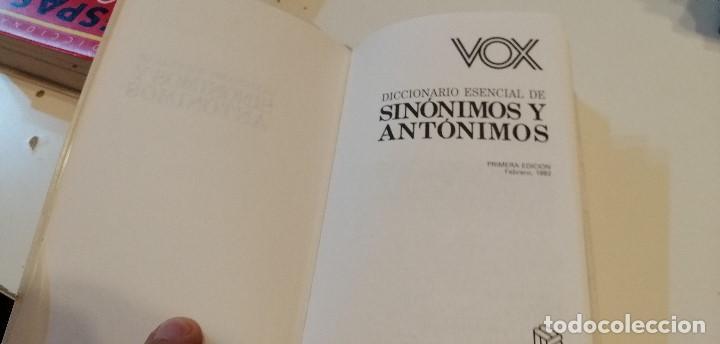 Diccionarios de segunda mano: G-9 DICCIONARIO VOX ESENCIAL SINONIMOS Y ANTONIMOS DE LA LENGUA ESPAÑOLA - Foto 2 - 209724583
